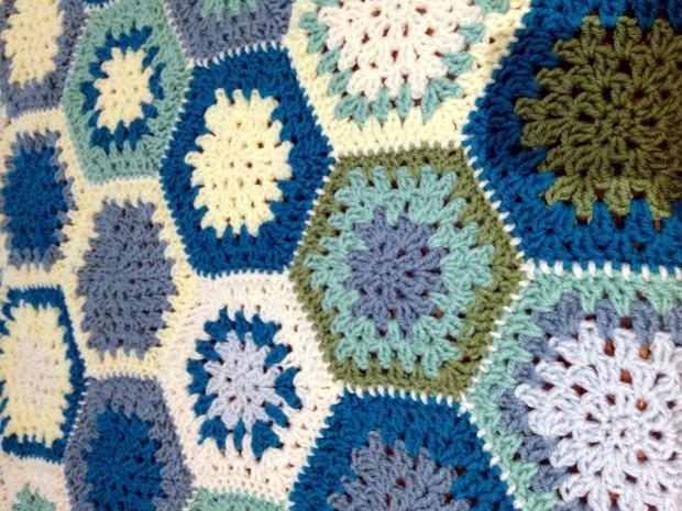 circle-crochet-blanket.jpg