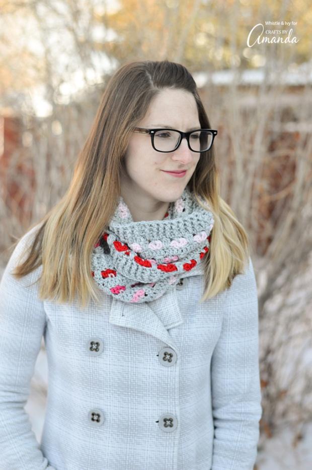 infinity-scarf-crochet-pattern-1.jpg